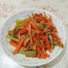 青红椒炒胡萝卜