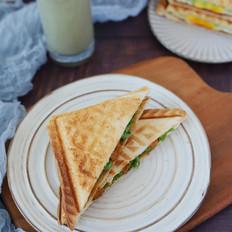 小龙虾三明治