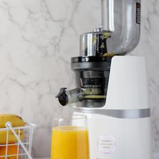 鲜橙凤梨汁