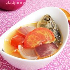 洋蔥番茄鯽魚湯