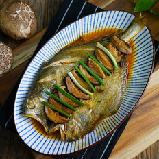 香菇焖黄鱼鲞
