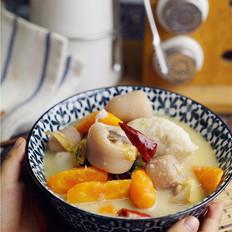 芋头胡萝卜炖猪尾