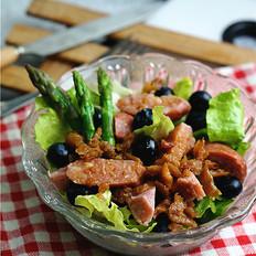 牛肉肠果蔬沙拉