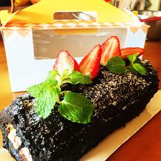 圣诞树根草莓蛋糕卷