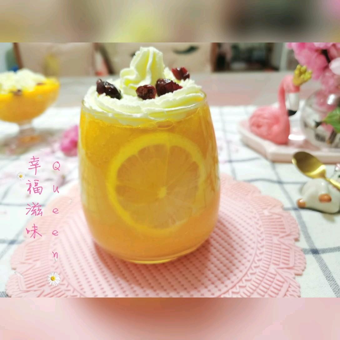 雪顶蔓越莓芒果柠檬苏打水