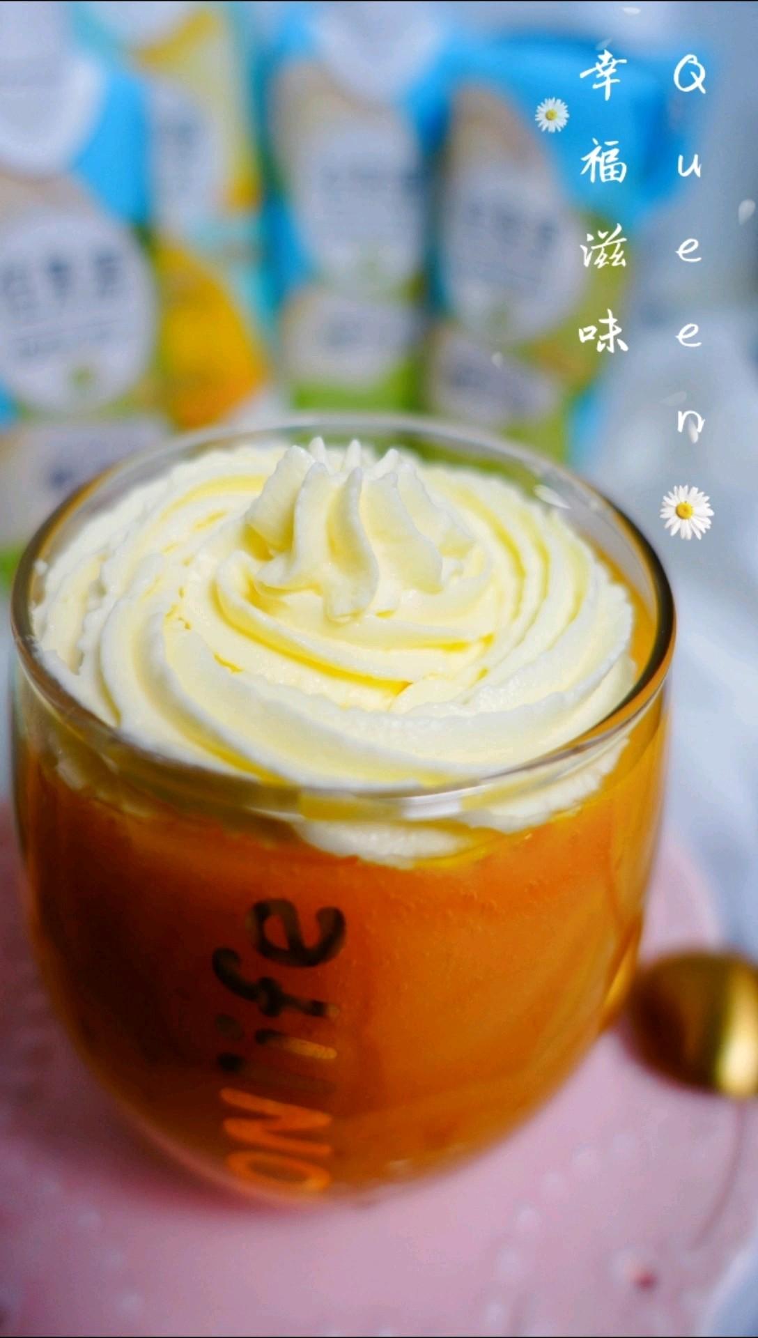 雪顶芒果菠萝汁