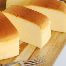 不开裂不回缩不掉皮的酸奶水浴法蛋糕