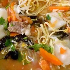 番茄什锦羊肉汤饺