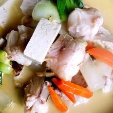 养生鱼汤的做法