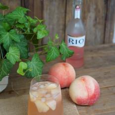桃子鸡尾酒