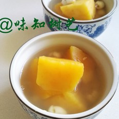 红薯莲子糖水的做法