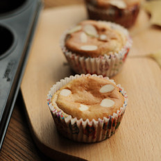 蓝莓糯米纸杯蛋糕