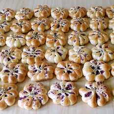 紫薯菊花小面包