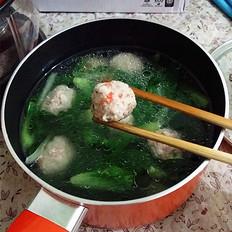 肉圆青菜汤