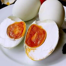 腌油黄咸鸭蛋