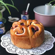 蓝莓酱玫瑰花面包