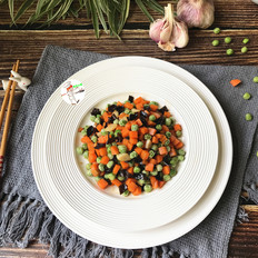 豌豆木耳炒胡萝卜的做法