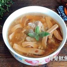 脊骨鱿鱼汤