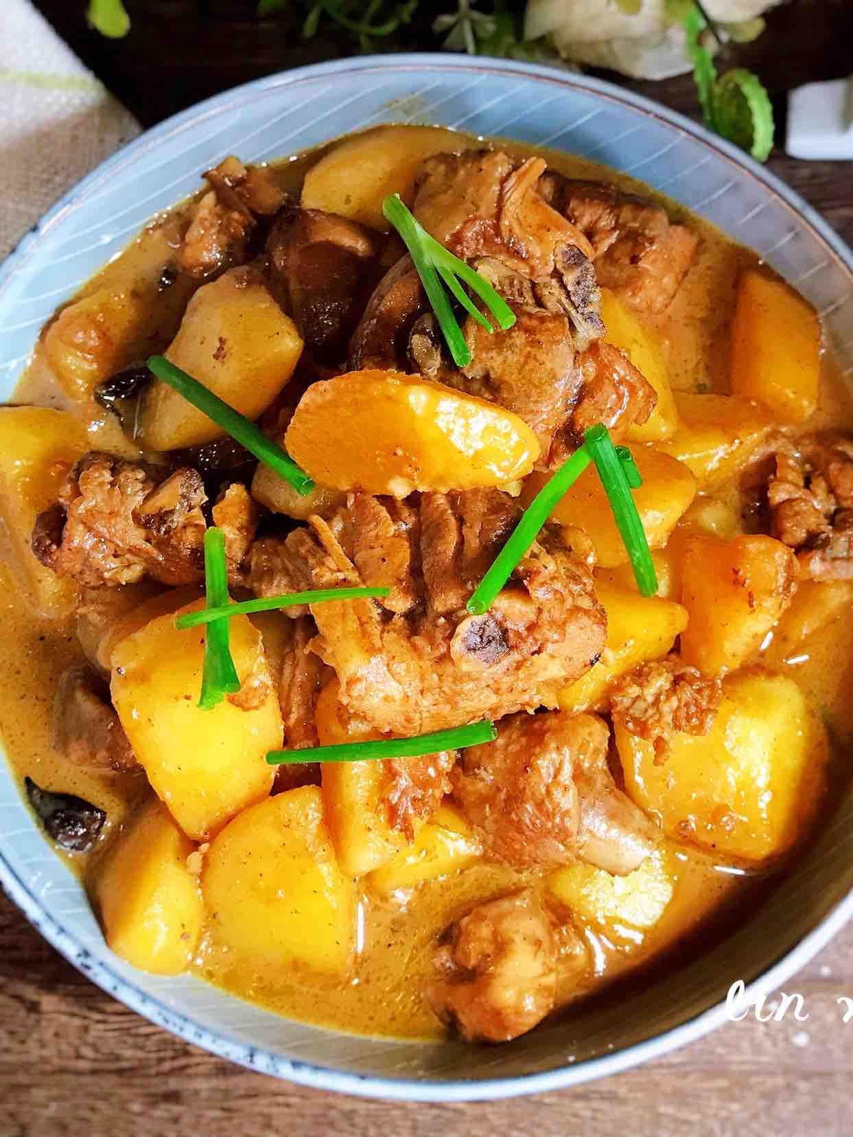 土豆烧鸡肉