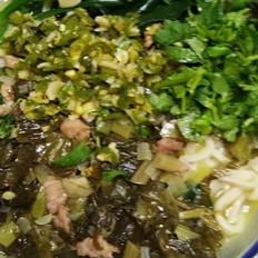 酸菜肉丝杂粮面