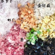 水萝卜金针菇猪肉木耳鸡蛋虾仁饺