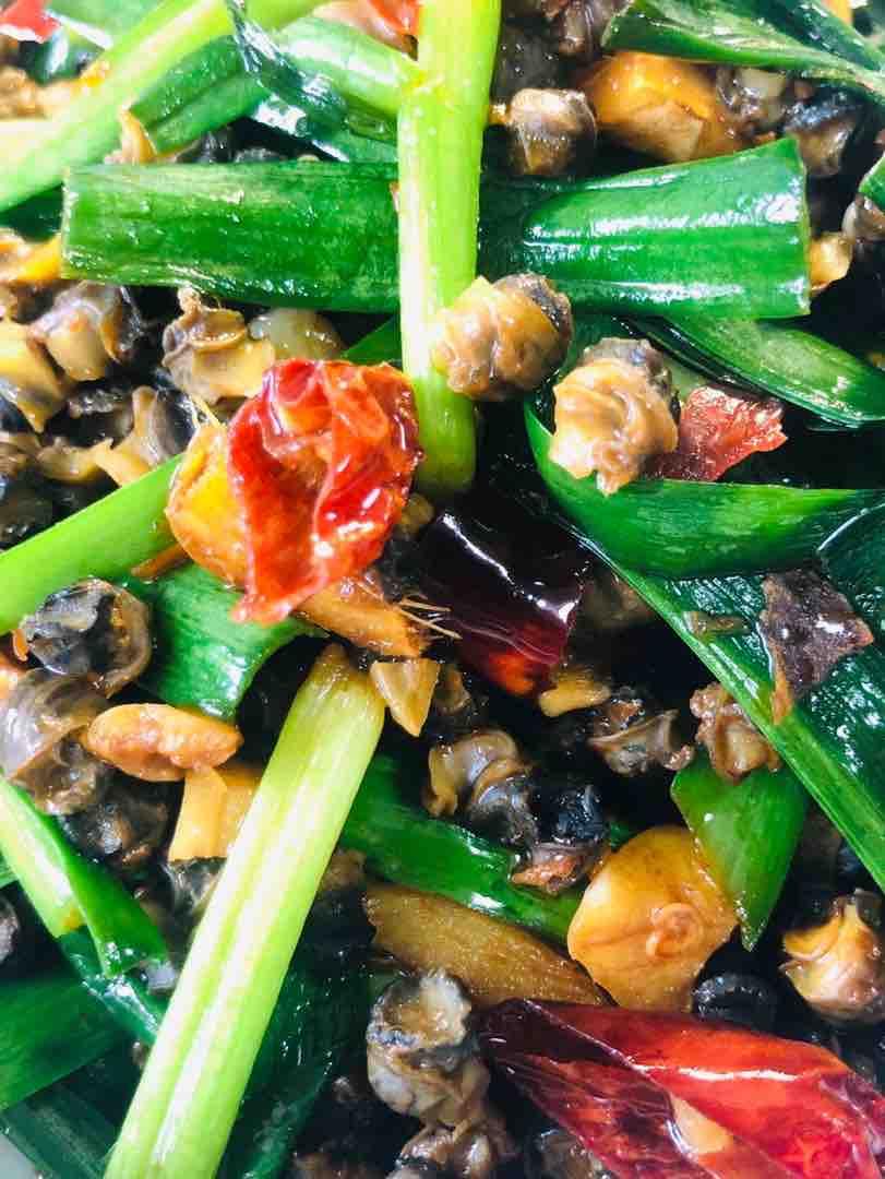 赣江野生螺蛳肉炒韭菜