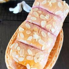 紫薯杏仁吐司