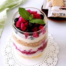 水果酸奶能量杯