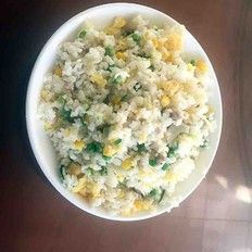青豆玉米牛百叶炒饭
