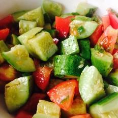 西红柿拌黄瓜