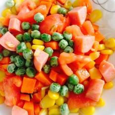 西红柿豌豆胡萝卜火腿炒玉米