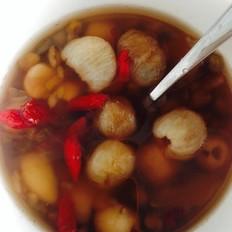 绿豆莲子百合桂圆枸杞汤