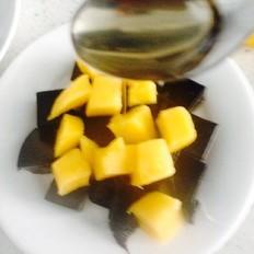 蜂蜜芒果龟苓膏
