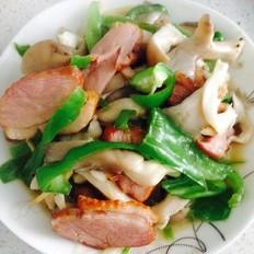 平菇炒熏鹅肉