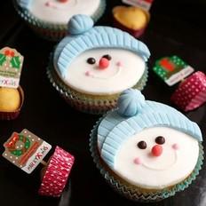 雪人纸杯蛋糕