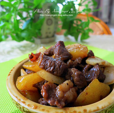西北风味菜土豆炖羊肉