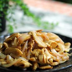 鸡脯肉与洋葱巧妙搭配