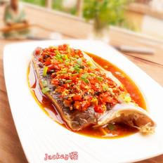 紫苏剁椒蒸鱼肉