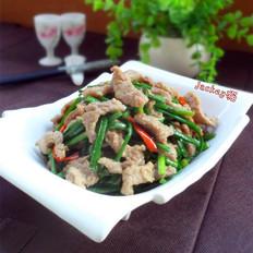 牛肉炒韭菜苔