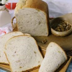 面包机一键牛奶核桃软吐司
