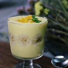 香蕉芒果思慕雪-来自杯中的健康饮品