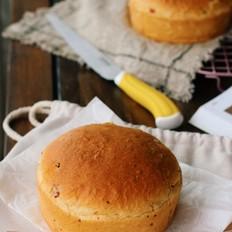 培根奶酪复活节面包