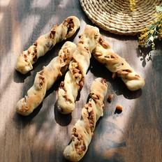 葡萄干坚果面包棍