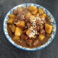 牛腩焖土豆