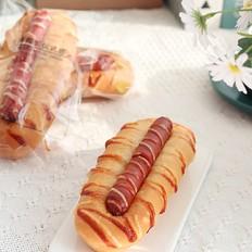 早餐优选:脆皮肠面包,咸香好吃!