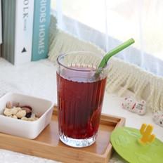 樱花椰香冷萃咖啡,夏日冷萃咖啡特调的做法