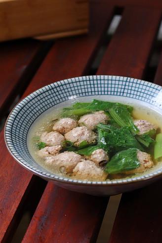 清淡营养的牛肉丸子汤,快手又美味!
