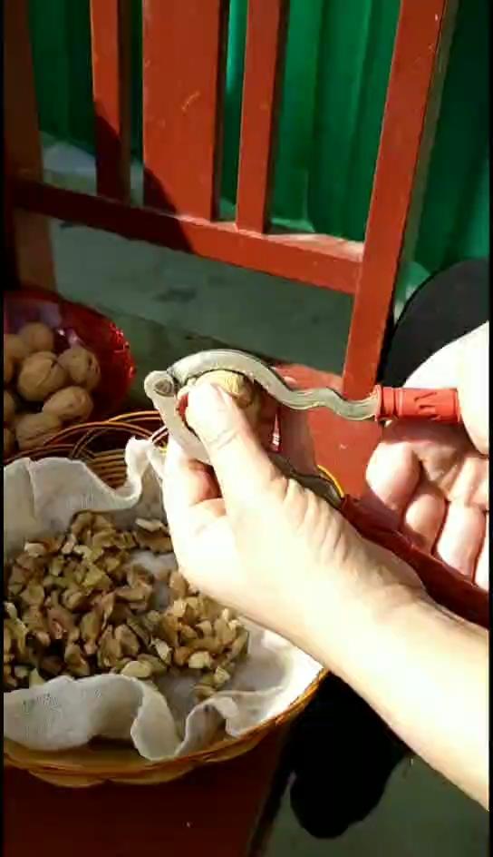 电饼铛核桃酥