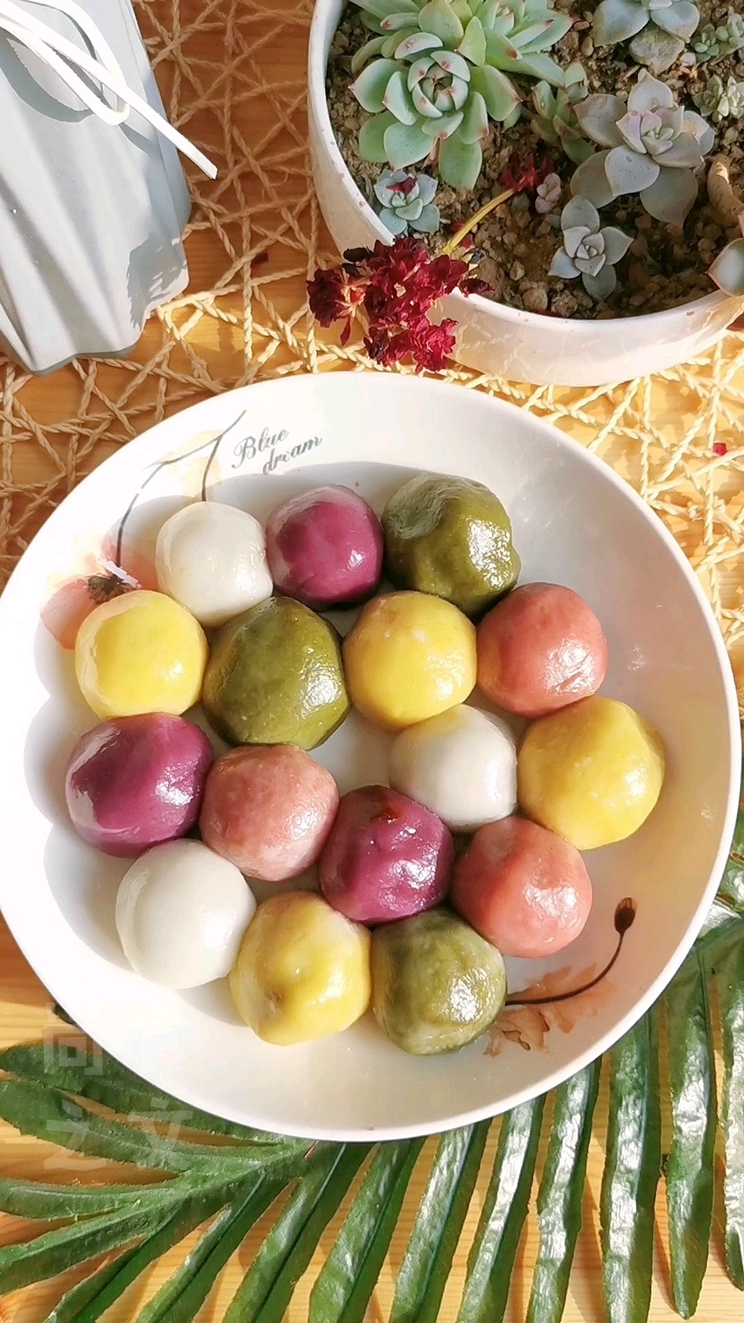 还在煮汤圆吗,试试自己做蒸汤圆吧,颜值超高制作容易,新手也能做!