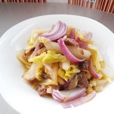 洋葱炒白菜